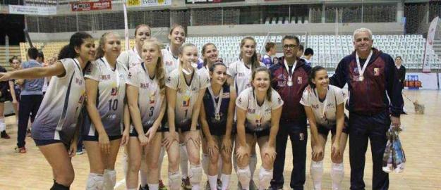475c92354c 26 06 2018 - Voleibol  Bluvôlei é campeã do Aberto de Jaraguá